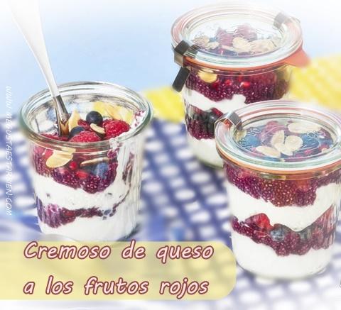 cremoso de queso y frutos rojos