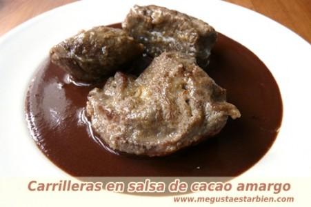Carrilleras en salsa de cacao amargo