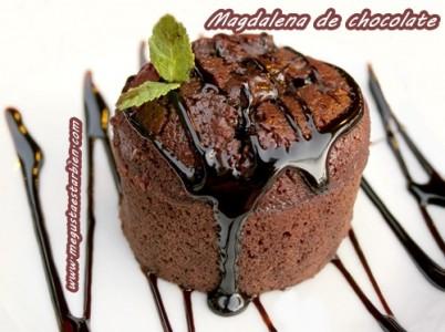 Magdalena de Chocolate caliente